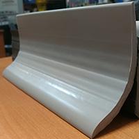 Промышленный плинтус серого цвета 100x60